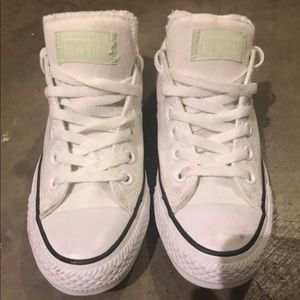 Converse Size 7